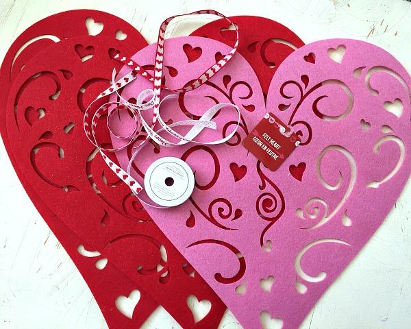 No sew heart table runner ribbons glue for Diy valentine table runner