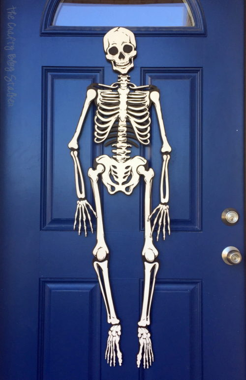http://www.ribbonsandglue.com/wp-content/uploads/2016/09/skeleton-halloween-decoration-3-500x770.jpg