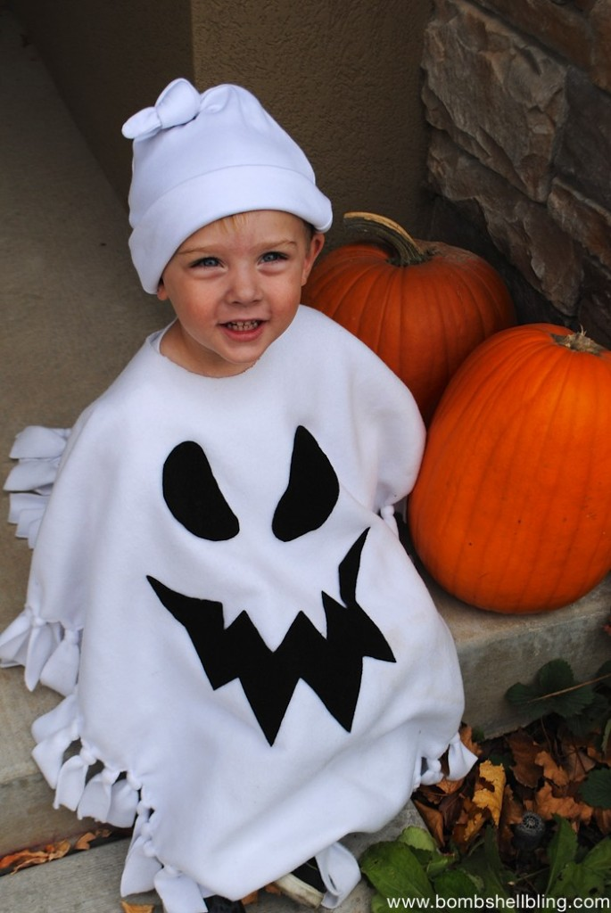 no-sew-ghost-poncho-costume-2