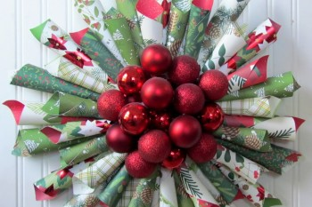 Ornament Paper Cone Wreath #christmas