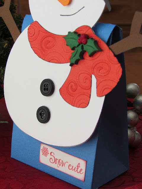 Snowman Treat Bag made with Cricut