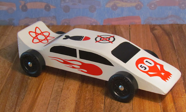 Pinewood Derby Car embellished with vinyl decals cut with Cricut
