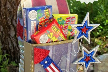 DIY Kid-Friendly Firecracker Holder