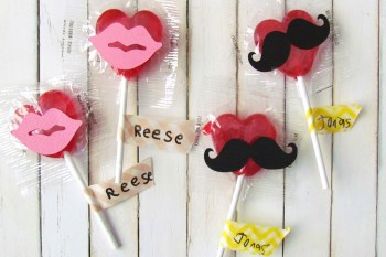 Mustaches and Lips Valentine Lollipops