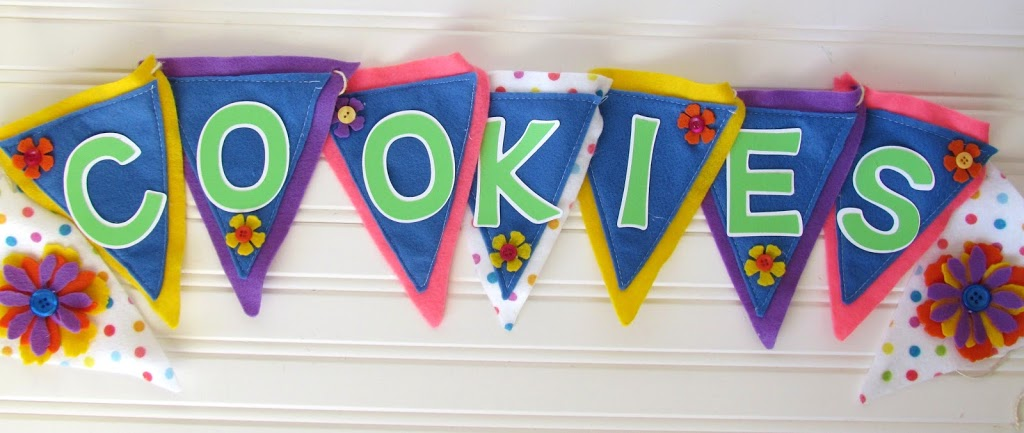DIY Cookie Booth banner made with felt and flowers