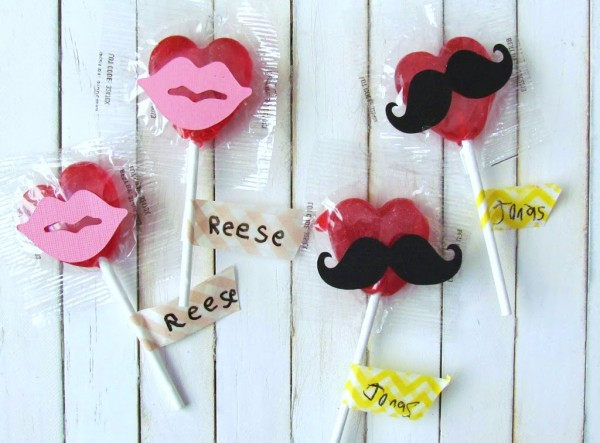 Mustaches and Lips Valentine Lollipops. Just adhere die cut on to lollipops. Such and easy Valentine's craft the kids can make.