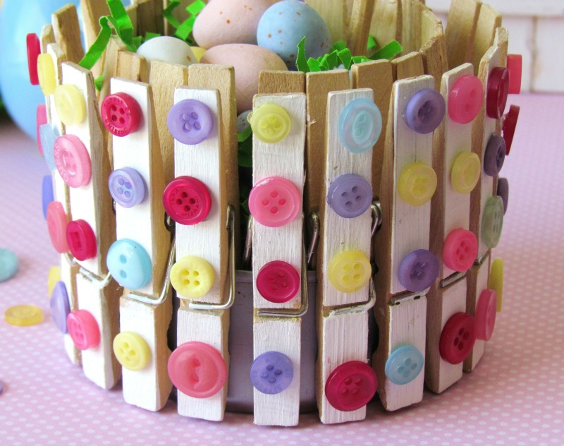 DIY Clothespins and Buttons Holder tutorial, perfect for Spring treats.  Easy Craft!