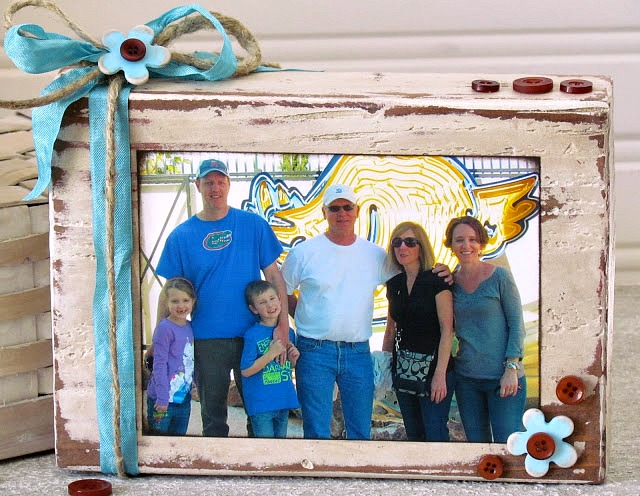DIY Wood Block Decoupaged Photo Frame