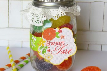 Mason Jar filled up with Candy