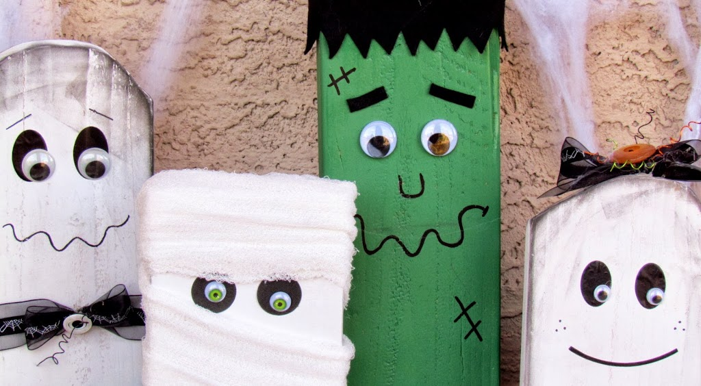 Halloween Family created of of scrap wood, painted and decorated as Halloween Monsters. Easy and fun Halloween DIY project for the whole family to make.