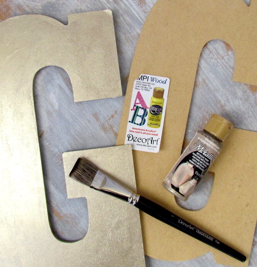 Painted MDF letter using @decoart Metallic Paint