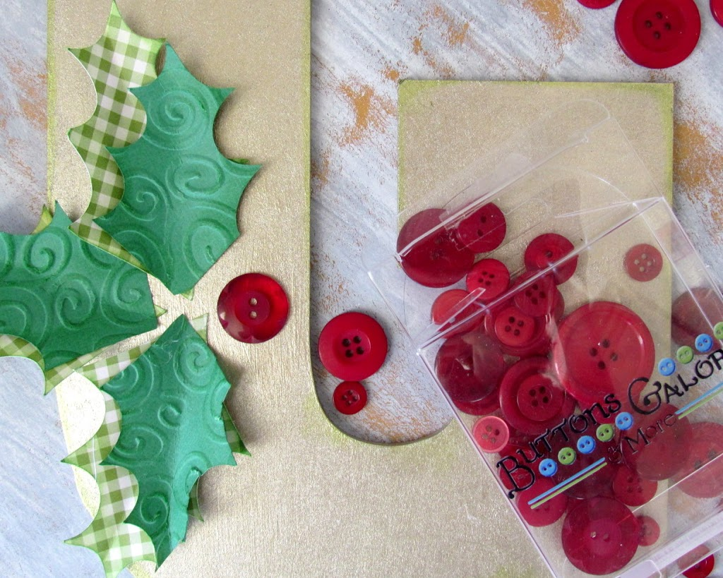 Use red buttons to make Holly Berries