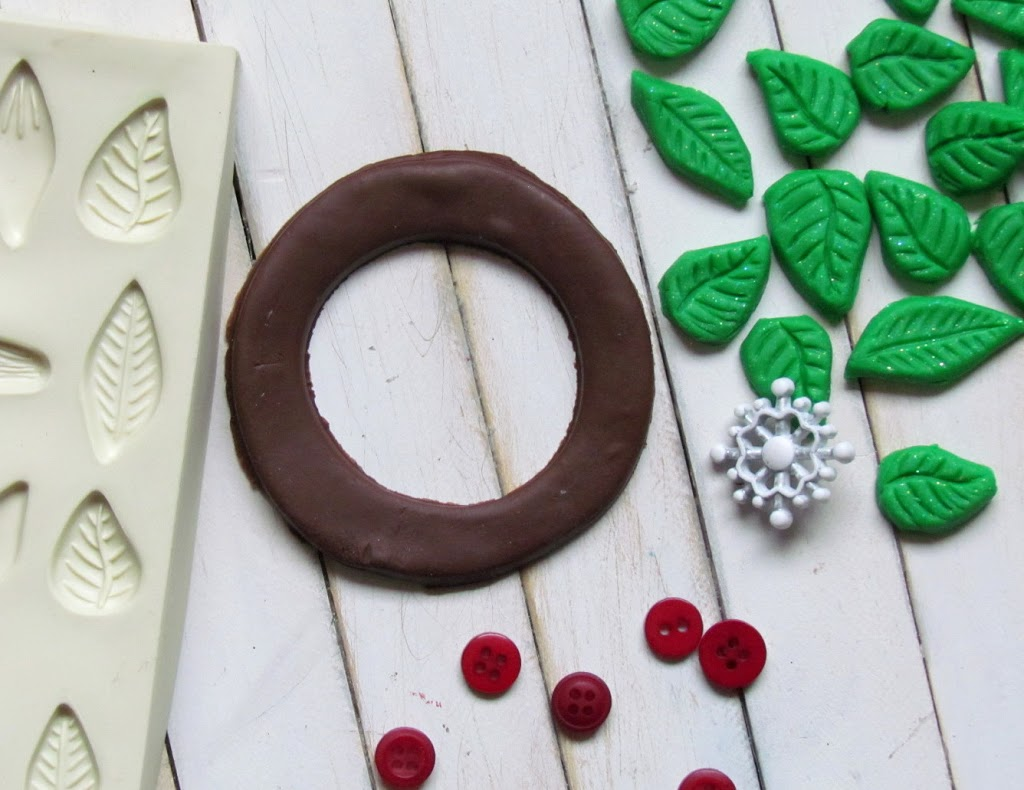 Christmas Wreath Ornament made from Sculpey Clay
