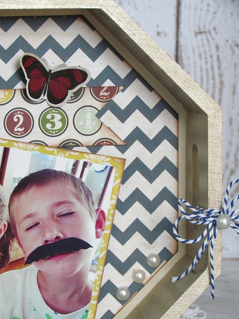 Painted wood tray tunred into a  Photo Tray with paint and scrapbooking paper.  Such a creative  Mother's Day Gift idea!