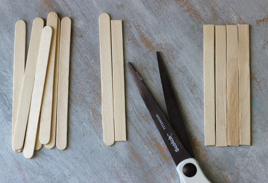 How to make a Mini Pallet with popsicle sticks