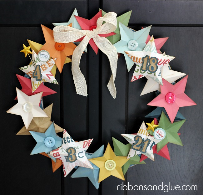 "70 Responses to ""{last minute christmas decorations} 3D paper star wreath tutorial"""