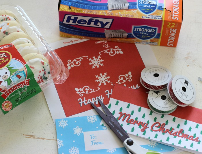 Easy Holiday Treat Topper Bags by @Hefty