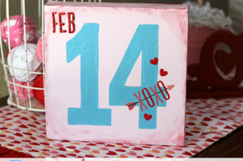 DIY Painted Valentine's Canvas made with @pebblesinc We Got Together collection and @decoart chalky finish paints