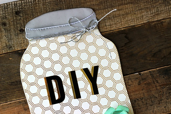 DIY Mason Jar Pallet Art made with the @pebblesinc Cottage Living Collection