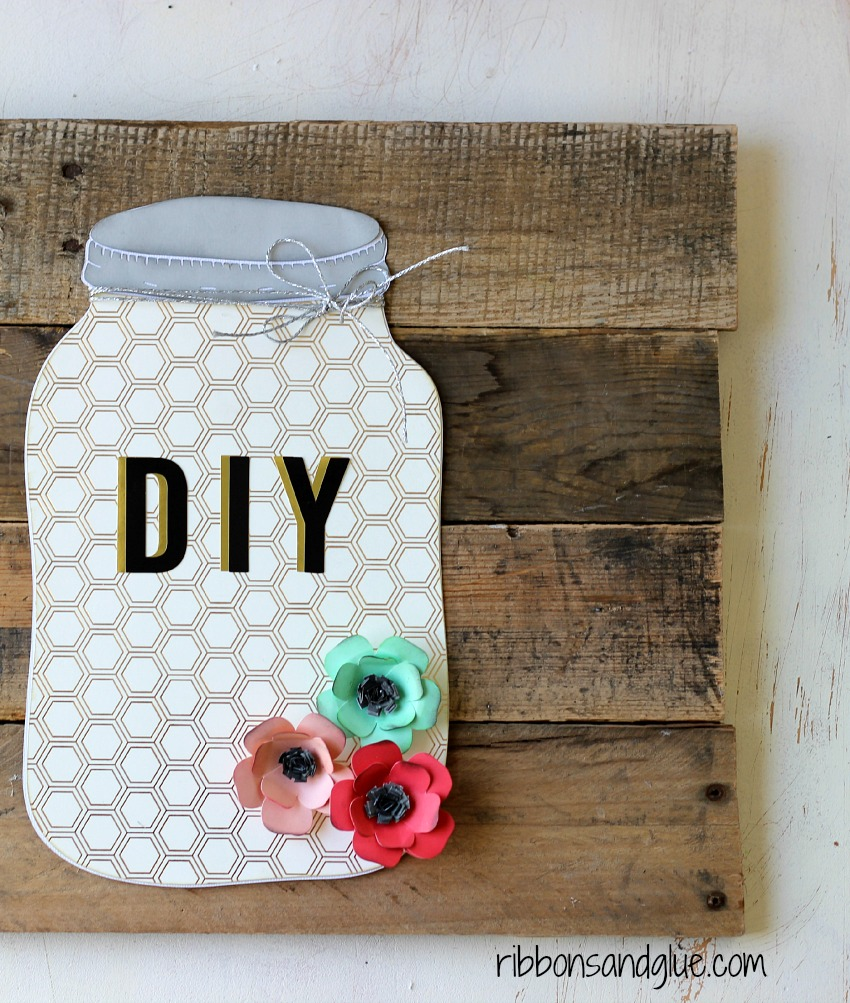 DIY Mason Jar Pallet Art Sign