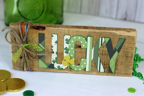 St patrick's Day Decor made from scrap pallet wood and @echoparkpaper Lucky You kit