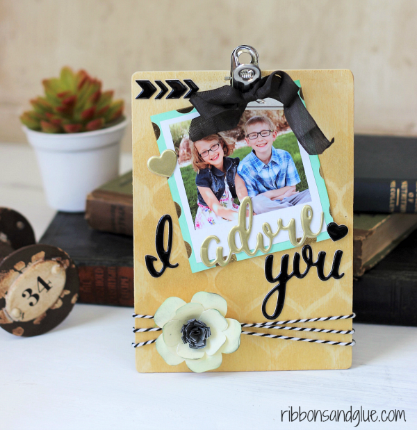 DIy Clipboard Picture Frame made with @pebblesinc Cottage Living collection.
