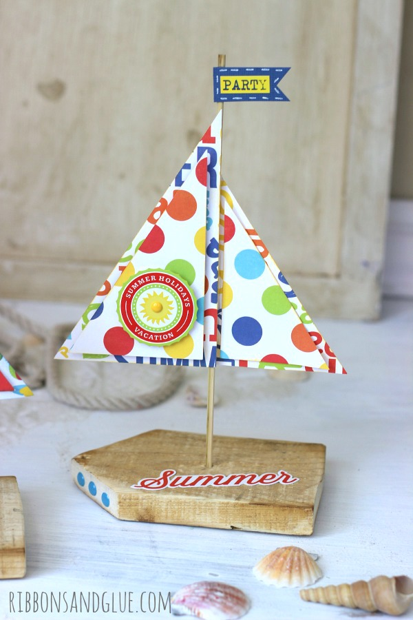 How to make Pallet Wood Sailboats out of scrap pallet wood and beach themed patterned paper. Easy Beach party Theme idea..