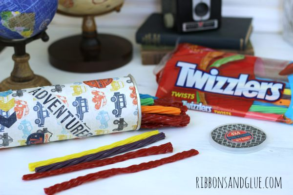 DIY twizzlers Travel Canister made from a Pringles canister.   Perfect size container to hold Twizzlers on any road trip!