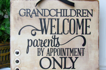 DIY Granparents Sign made with @silhouetteamerica