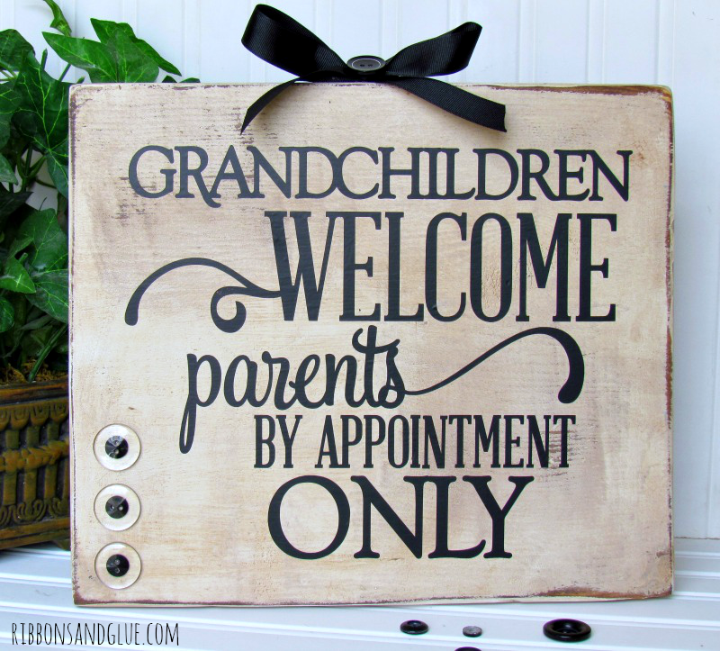 How to make a Grandchildren Welcome Sign for Grandparents Day