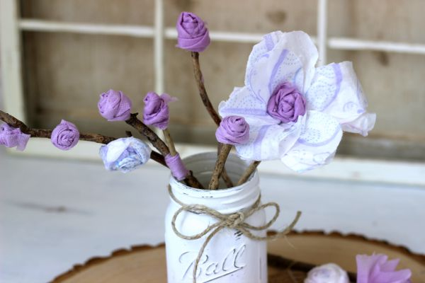 Shabby Chic Flowers Such A Fun Table Centerpiece Idea For Ladies Retirement Or Over