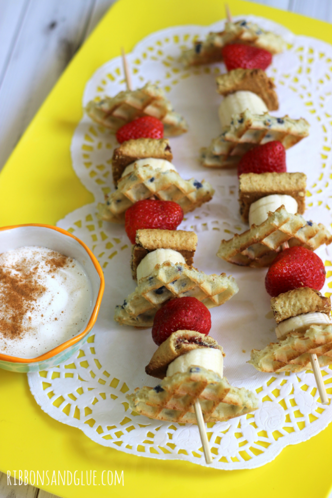 Quick and easy Fruity Breakfast Kabobs made with Eggo Waffles and Nutri-Grain Bars and fruit. Cut everything up and stick on a skewer! @target #FueledForSchool