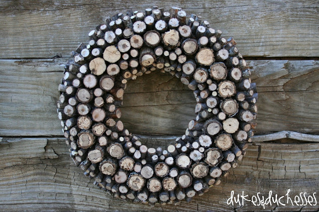 Fall Wood Projects Round Up-Rustic Log Wreath