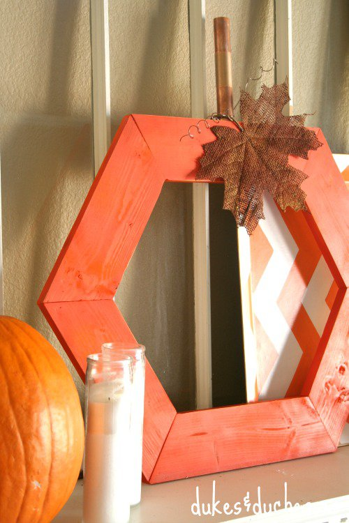 Fall Wood Projects Round Up- DIY Hexagon Pumpkin tutorial