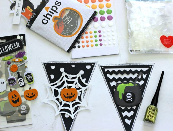 Easy Halloween Banner made with the Pebbles Inc premade Banner kit and embellishments from the Boo! collection.