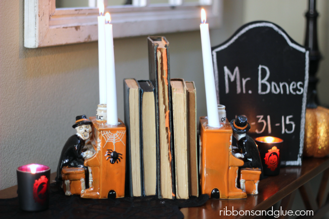 Yankee Candle Mr Bones Piano Taper Holder used a Spooky Bookends