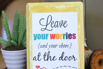 Leave Your Shoes at the Door Printable