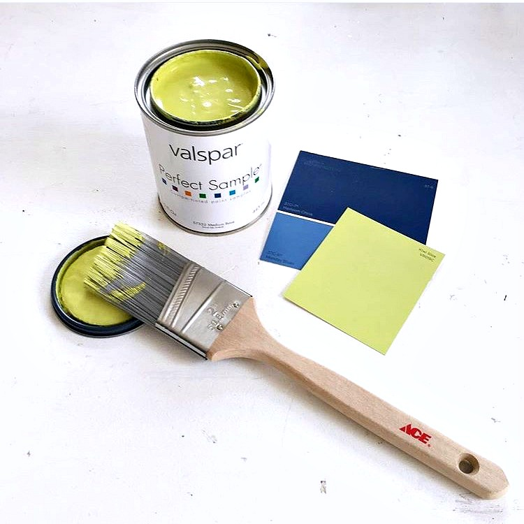 Valspar Paint in Kiwi Slice Green