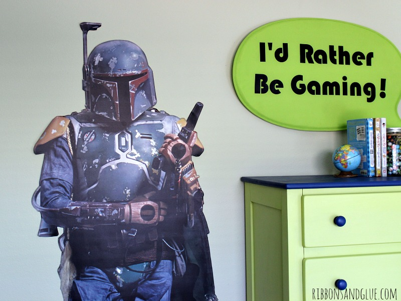 Easy way to update a Tween Boy Bedroom for any Star Wars Boba Fett Fan