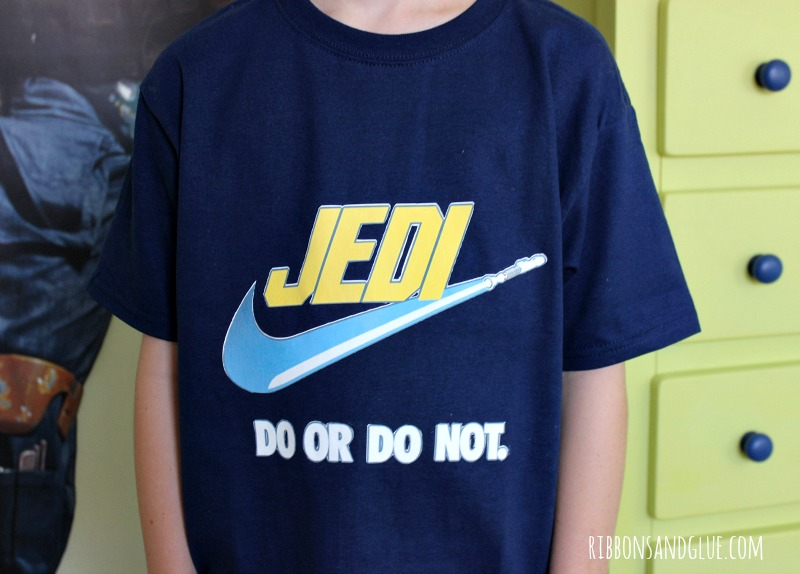 Easy DIY Star Wars Jedi Shirt made with Printable Heat Transfer and Silhouette CAMEO. Just print and cut any image using Printable Heat Transfer and iron on to shirt. Easy DIY project!