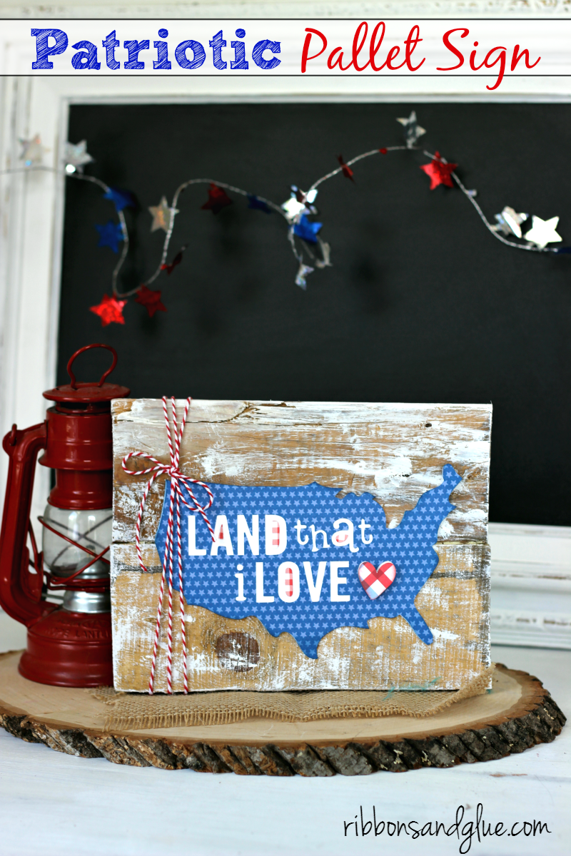 How to make a Patriotic Pallet Sign from scrap pallet wood and Patriotic paper cut with Silhouette CAMEO. Easy, rustic pallet sign project for Summer.