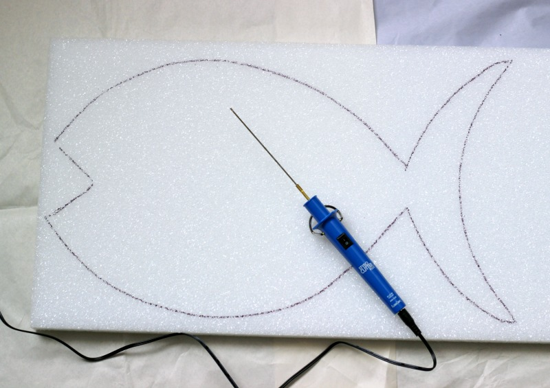 DIY Foam Pallet Fish. How to cut a fish out of foam
