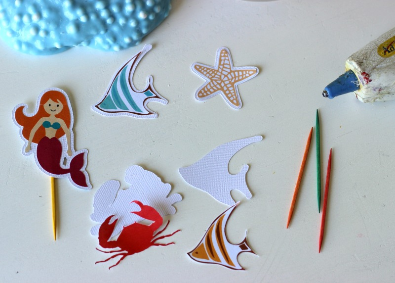 Aquarium die cut shapes made with Silhouette CAMEO