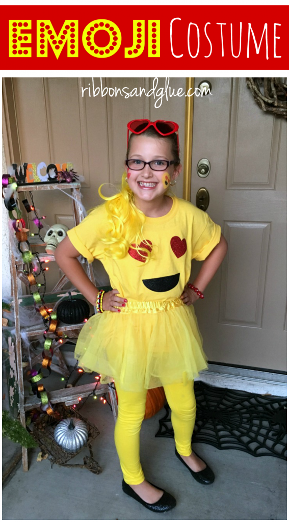 Easy Emoji Halloween Costume. Easy DIY Emoji shirt made with heat transfer vinyl and yellow accessories.