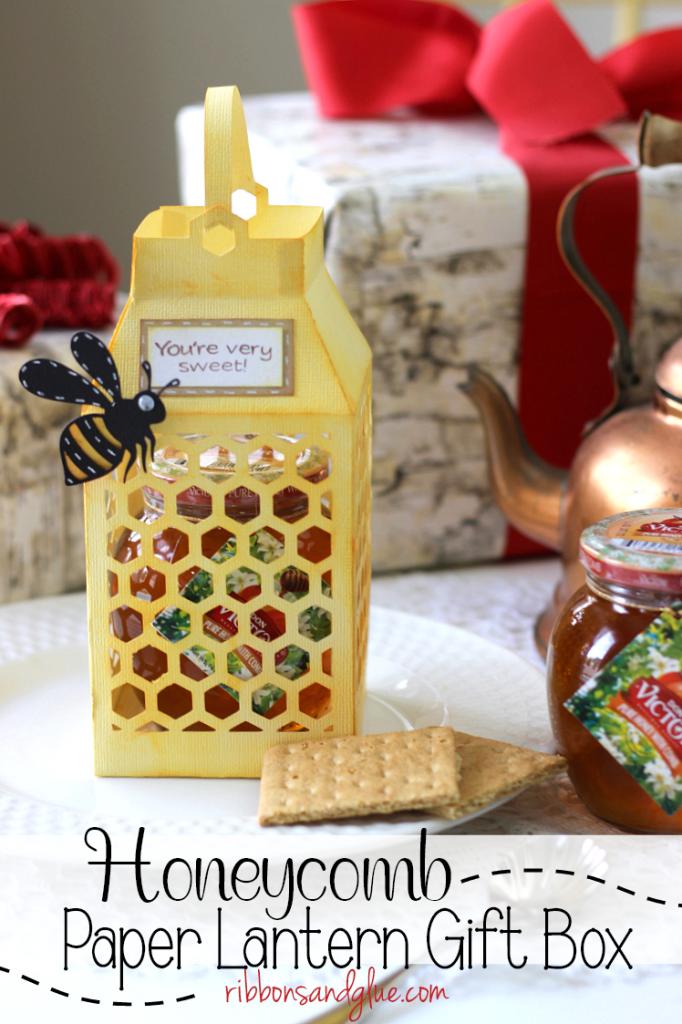 Honeycomb Paper Lantern Gift Box filled with Don Victor® Honey to give as a sweet holiday gift. #ad #DonVictorHoney #HoneyForHolidays  @walmart