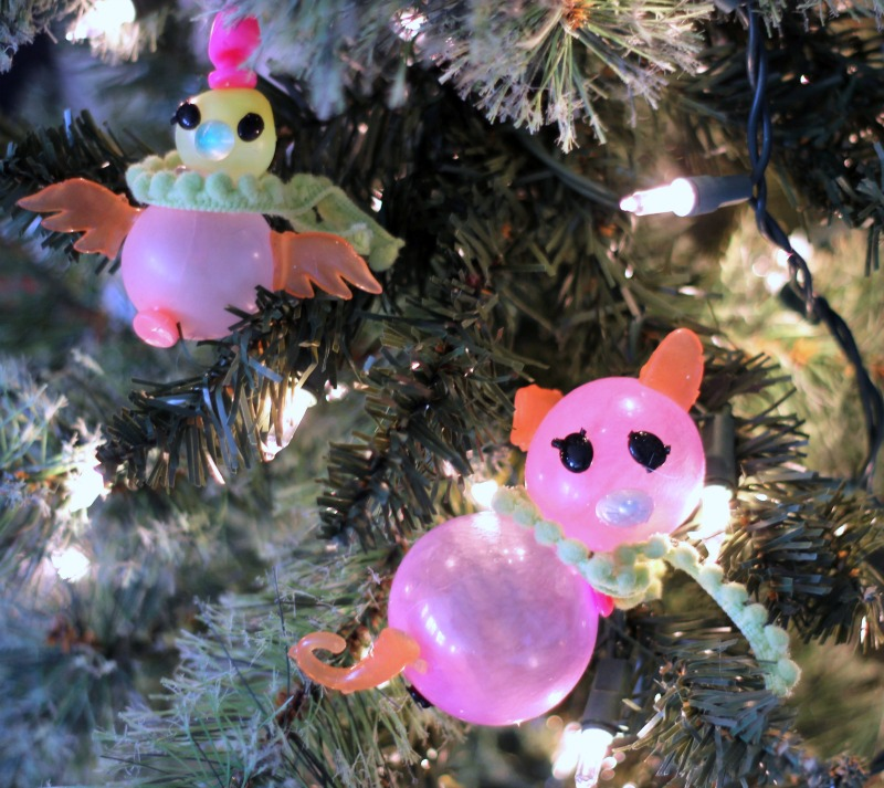 Christmas Decorating Fun with Oonies by creating Ooniements quail and pig